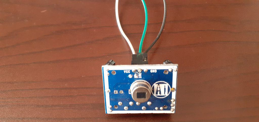 Conexión del sensor PIR HC-SR501